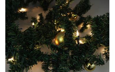 """LED Deko Girlande """"Tannenzweig"""", 20 LED's, incl. 16 Weihnachstbaumkugeln"""